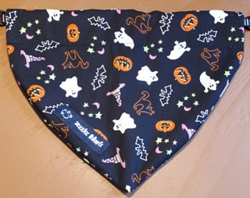 ZeekeDawg  Halloween Dog Bandana (collar through)