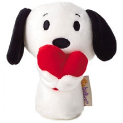 Snoopy Holding Heart Itty Bitty