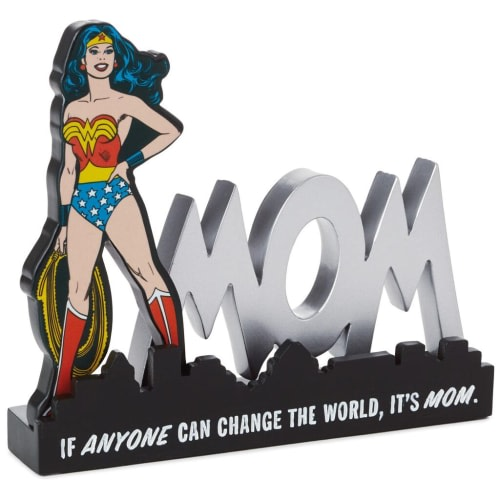 Wonder Woman™ Mom Quote Sign Desk Accessory