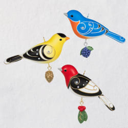 Birds Oversized Outdoor Ornaments 2020