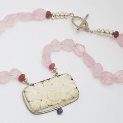 Re-Loved Rose & Bead Necklace