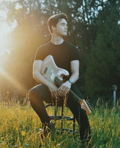 Friday Night Music with Jonas Wilson | October 8