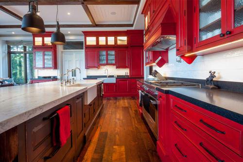 Schwaie   Cottage Kitchen