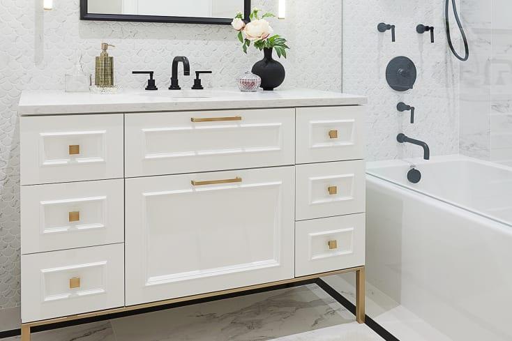 Claremon   Bathroom
