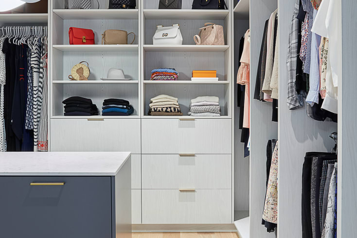 Claremon | Walk-In Closet