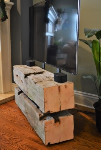 'LoveLes' Barn Beam TV Stand